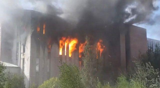 Rusya'da korkutan yangın! Beşinci alarm seviyesine geçildi
