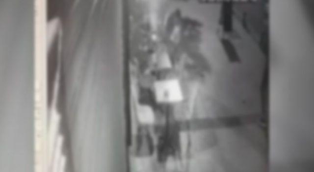 Şişli'de Arap turistlere ateş açıp gasp eden 2 kişi tutuklandı