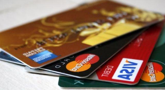 Teknoloji devi Apple kredi kartı çıkarıyor