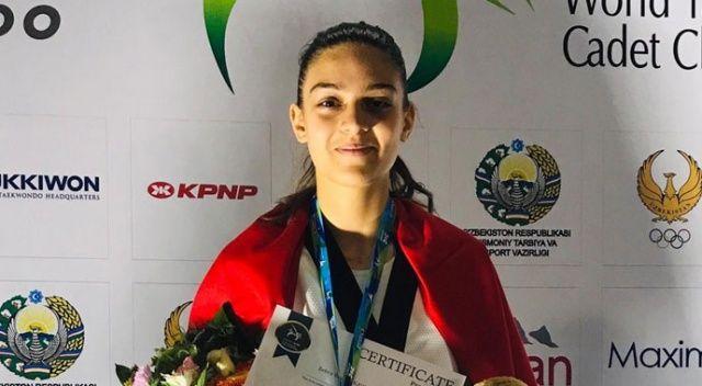 Zehra Begüm Kavukcuoğlu, dünya şampiyonu oldu
