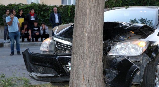 3 kişinin yaralandığı trafik kazasını film gibi izlediler
