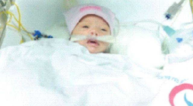 7 günlük bebeğe açık kalp ameliyatı