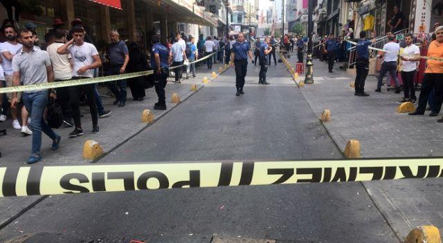 Aksaray'da motosiklet sesinden silahlı kavga çıktı: 1'i ağır 3 yaralı
