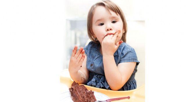 Çikolata ile çocuğun IQ'sunu düşürmeyin!