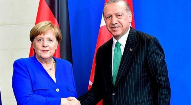 Cumhurbaşkanı Erdoğan ile Merkel'den önemli görüşme