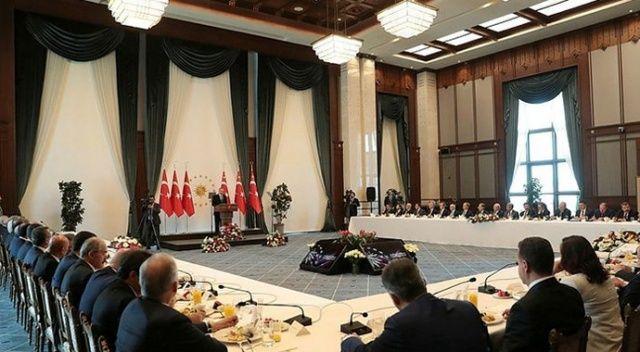 Cumhurbaşkanı Erdoğan'ın büyükşehir belediye başkanları ile toplantısı sona erdi