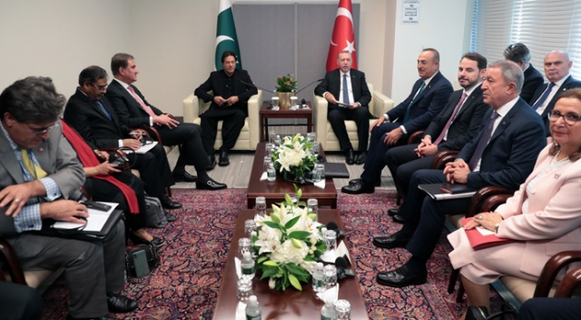 Cumhurbaşkanı Erdoğan, Pakistan Başbakanı Han'ı kabul etti