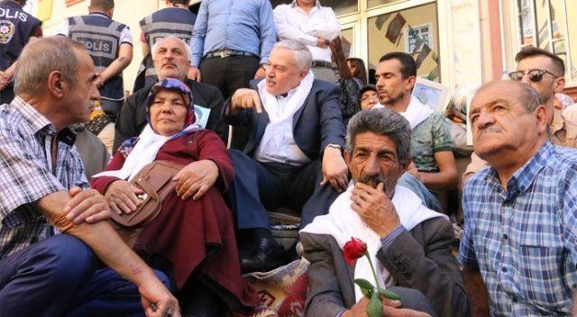 Evlatlarını  isteyen ailelerden Akşener'e: Çözüm yeri  tam da burası