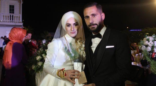 Gelin ve damadın nikah şekeri yerine dağıttıkları misafirleri şaşırttı