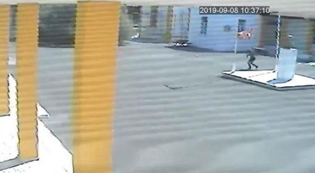 KKTC: 'Türk bayrağını indiren Rum'u tespit ettik, iade edilsin'