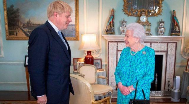 Kraliçe, anlaşmasız Brexit'i önleyen tasarıyı onayladı
