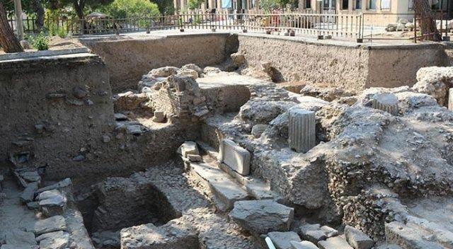 Manisa'da 67 mezar ortaya çıkarıldı