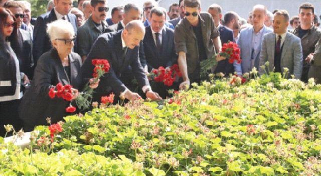 Menderes ve arkadaşları  cinayete kurban gitti