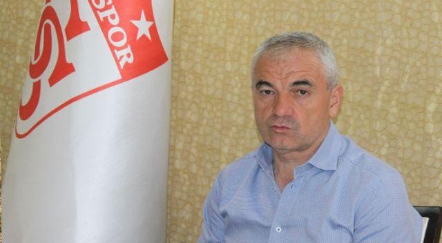 Rıza Çalımbay: 'VAR'daki hakemler maç yönetmemeli'