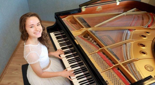 14 yaşında finale kalan en genç besteci oldu