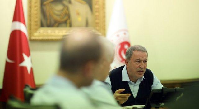 Bakan Akar, Fransız mevkidaşı ile telefonda görüştü