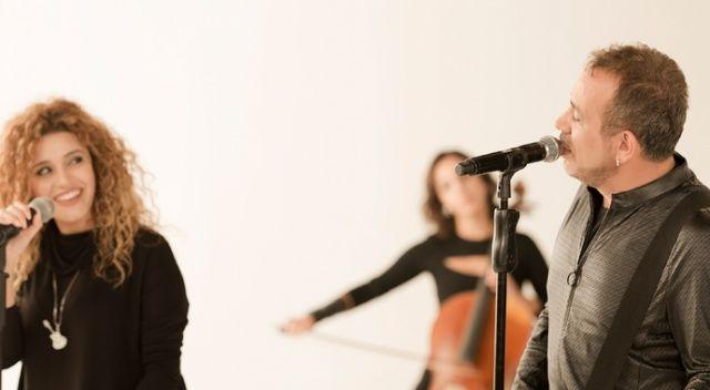 Haluk Levent ve Cinare Melikzade 'Sen Olasın' şarkısını kliplendirdi