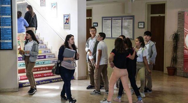 Mardin'in sınır ilçelerinde eğitime ara verildi