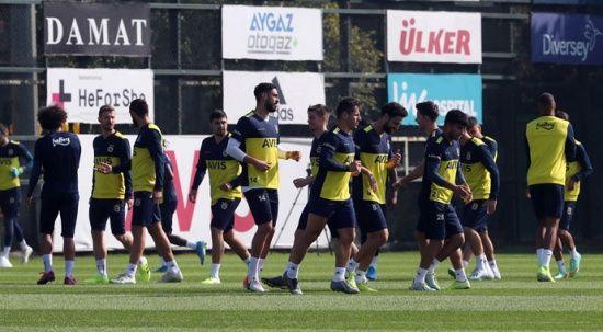 Fenerbahçe'nin Denizli kafilesi belli oldu