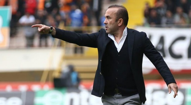 'Beşiktaş maçını kazanarak tekrar bir gündem oluşturmak istiyoruz'