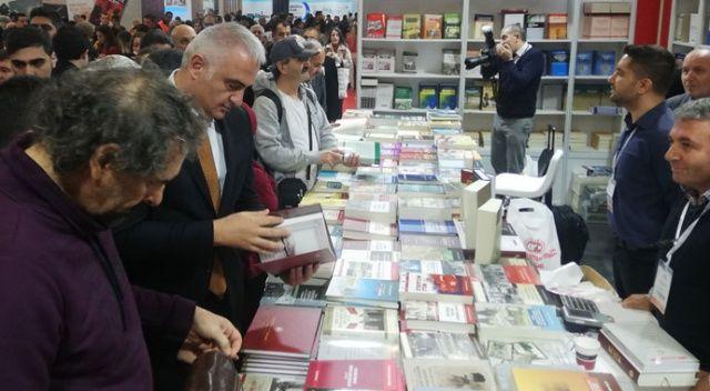 38'inci İstanbul Uluslararası Kitap Fuarı kapılarını açtı