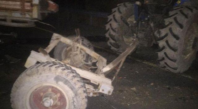 Ağrı'da minibüs ile traktör çarpıştı: 1 ölü