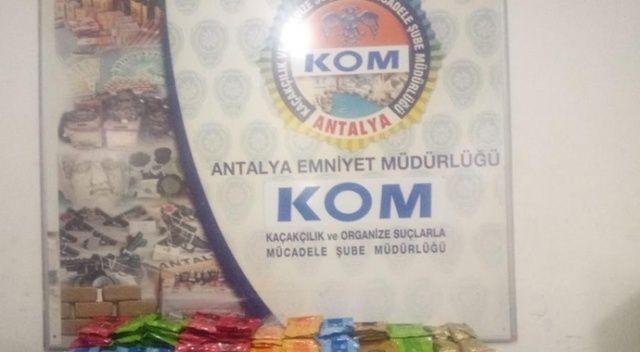 Antalya'da 'Duman-8' operasyonu