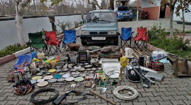 Bağ evinden 40 parça malzeme çalan zanlılar yakalandı