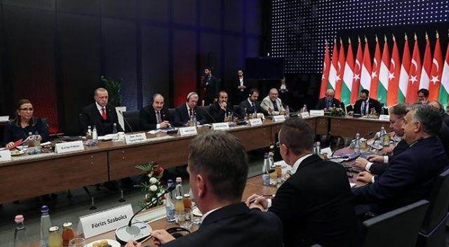 Cumhurbaşkanı Erdoğan iş insanlarıyla bir araya geldi
