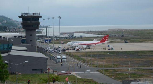 Denizin üstündeki havalimanı 4 milyondan fazla yolcuya hizmet verdi