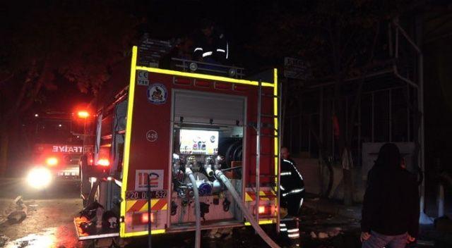 Denizli'de akşam saatlerinde çıkan yangın kontrol altına alındı