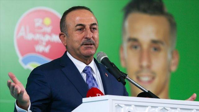 Dışişleri Bakanı Mevlüt Çavuşoğlu: Artık ırkçılık spor sahalarına inmeye başladı