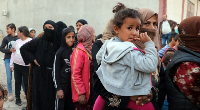 Dönüşler başladı! 30 bin Suriyeli Resülayn'a döndü