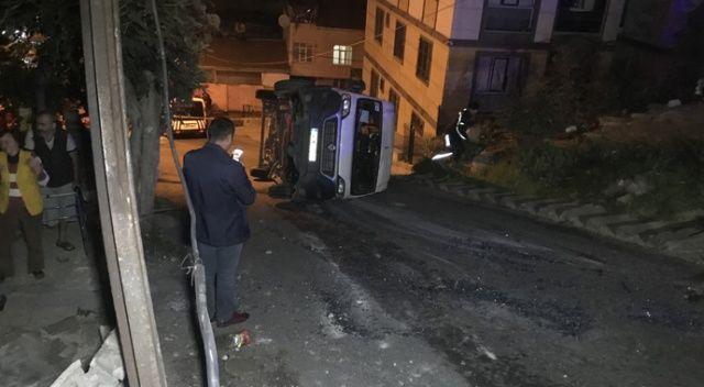 Esentepe'de öğrenci servisi direğe çarptı: 7 öğrenci yaralı