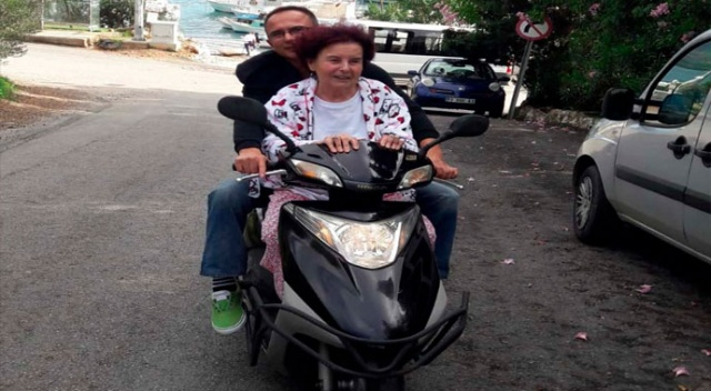 Fatma Girik Bodrum sokaklarında motosiklet turu attı