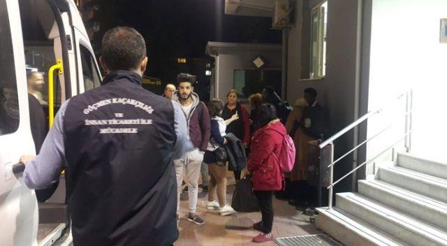 İzmir'de göçmen kaçakçılığı operasyonu: 6 gözaltı