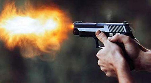 Küçükçekmece'de hastane önünde silahlı kavga