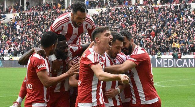 Lider Sivasspor seriye bağladı