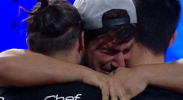 MasterChef Yasin, yarışmadan elenmediğini duyunca gözyaşlarına boğuldu