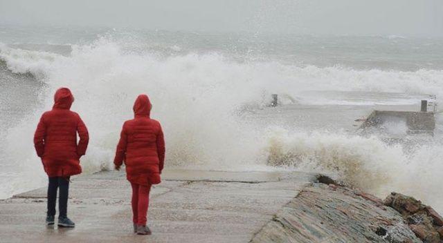 Meteorolojiden Karadeniz'e fırtına uyarısı