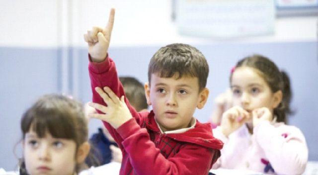 Öğretmen başına  düşen öğrenci  sayısı azalıyor