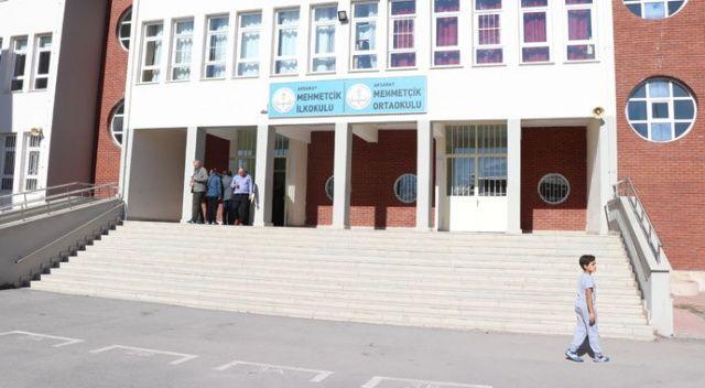 Otizimli çocuklara ayrımcılık yapıldığı iddia edilen okulun müdürü açığa alındı