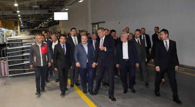 Sanayi Bakanı Varank, Tekirdağ'da fabrikaları ziyaret etti