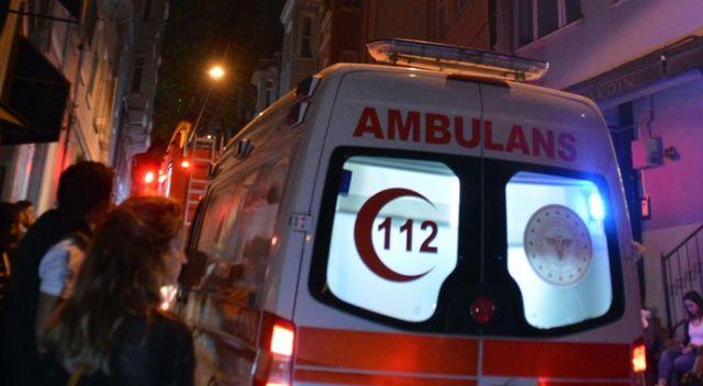 Taksim'de 6 katlı bir binanın çatısı alev alev yandı