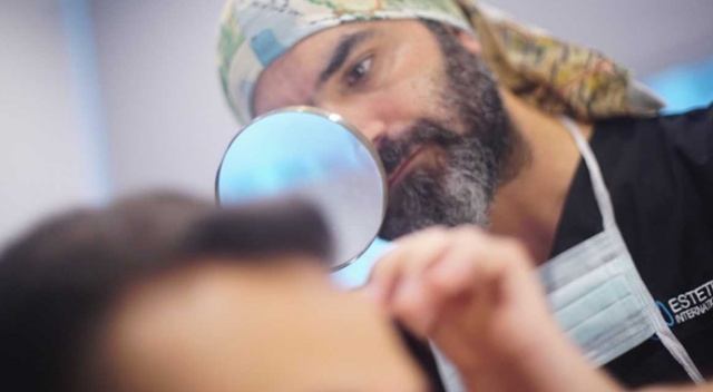Saç Sağlığı ve Tedavileri Uzmanı tıp dünyasının dikkatini çekti
