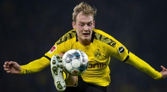 Borussia Dortmund sahasında puan kaybetti