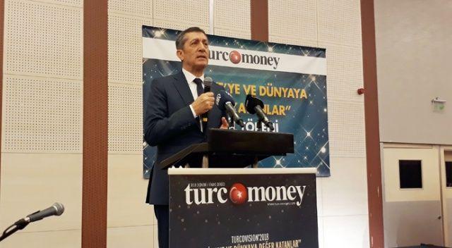 """Bakan Selçuk: """"Eğer Türkiye ekonomisini yükseltmek istiyorsa mesleki eğitimini yükseltmek zorunda"""""""