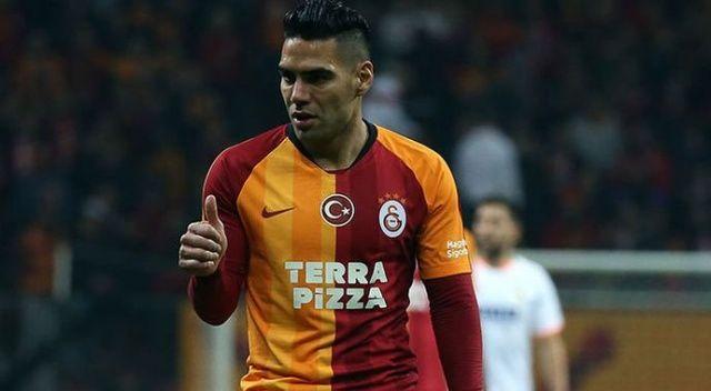 Galatasaray'da Radamel Falcao konuştu: 'Çok şükür...'