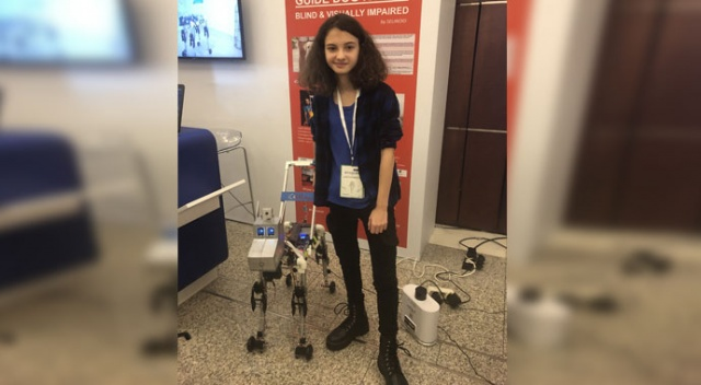 Görme engelliler için robot köpek