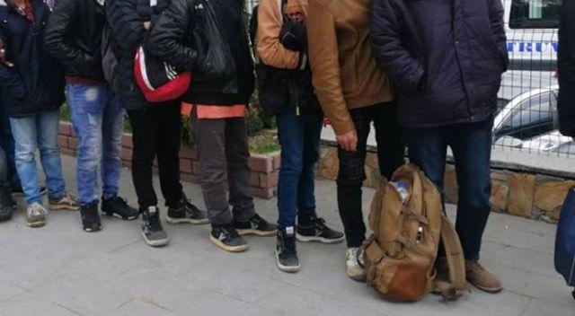 İzmir'de 48 kaçak göçmen yakalandı